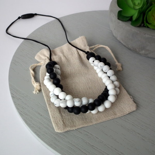 Maddie & Me Lennox Necklace - Black/White/Marble